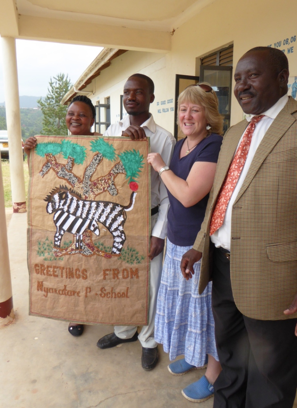 receiving banner for Hale Primary School